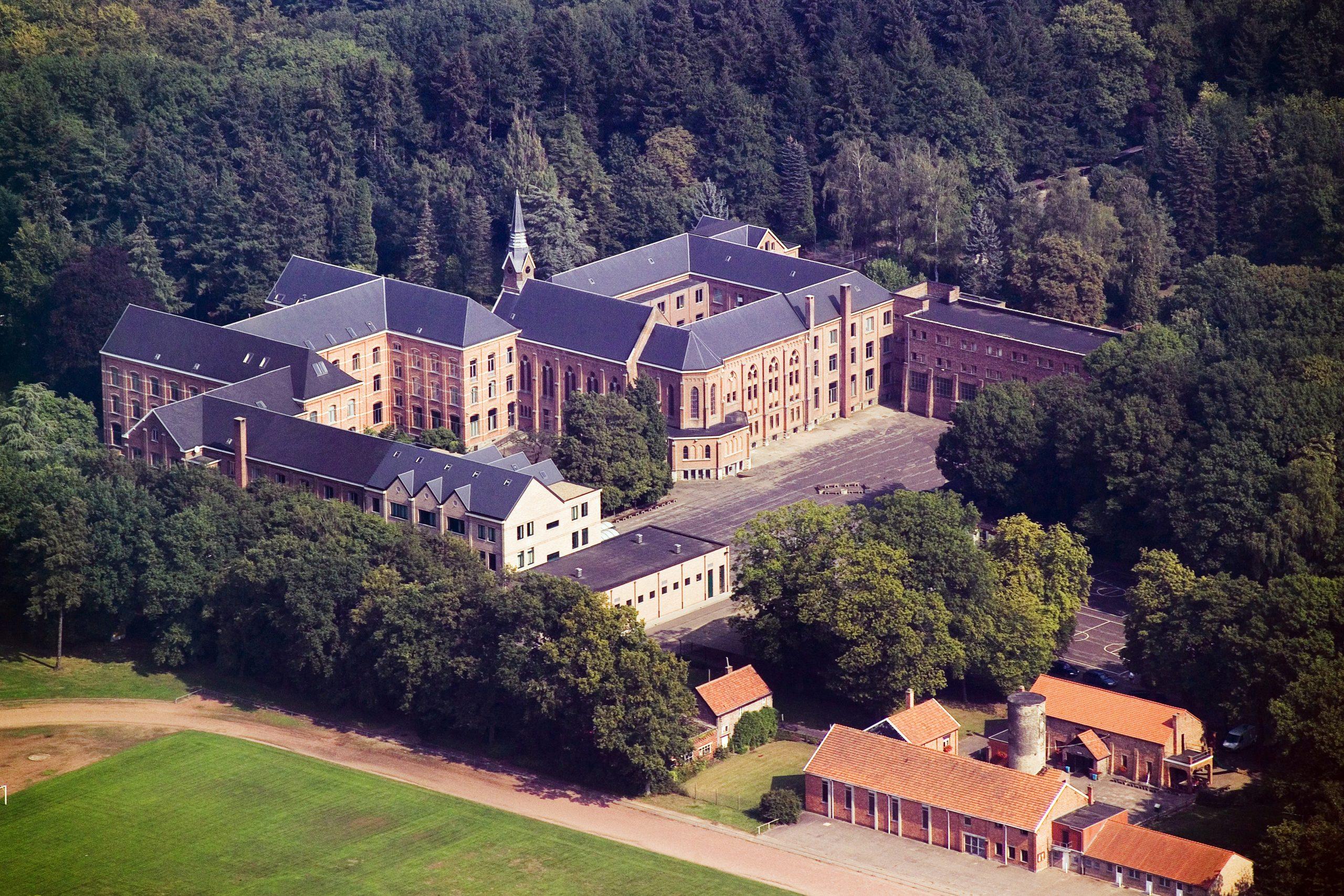 Sint-Jozefinstituut uit de lucht